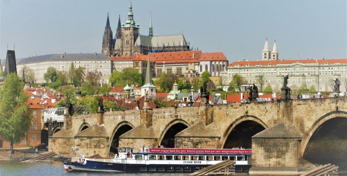 Hodinová plavba po Vltavě za akční cenu