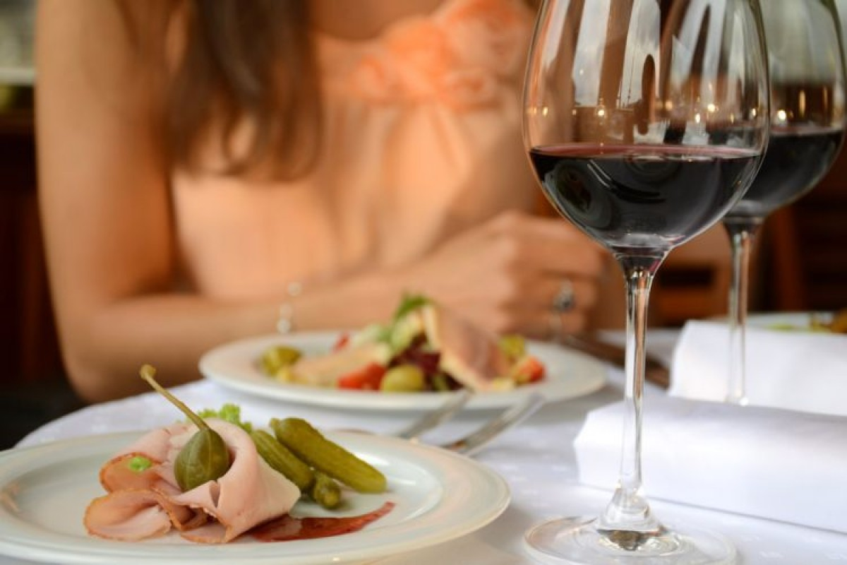 Süsses Prag – Luxusfahrt mit  s Á la carte menu
