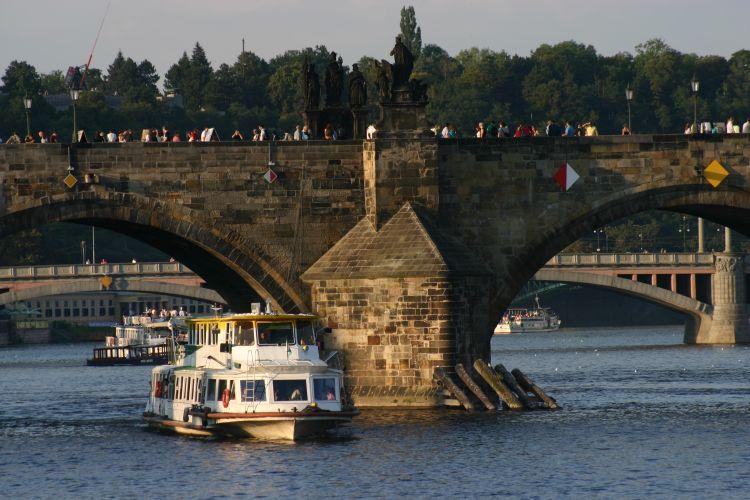 Moravia - Karlův most