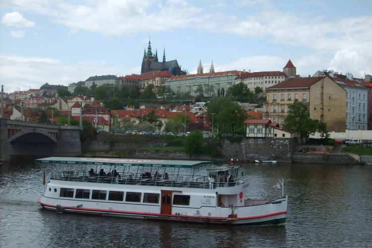 Czech Boat - Prague Castle