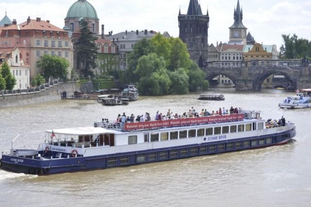 Classic river - Karlův most
